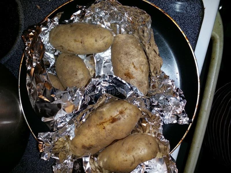 Pommes de terre cuites au four photo libre de droits