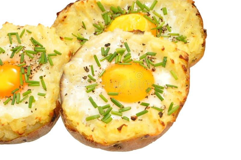 Pommes de terre cuites au four remplies par oeuf photo stock image du bourr casse 50779328 - Conservation pommes de terre cuites ...