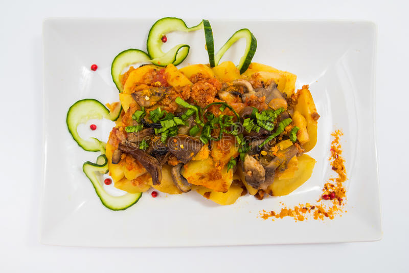 Pommes de terre et champignons de couche photo libre de droits