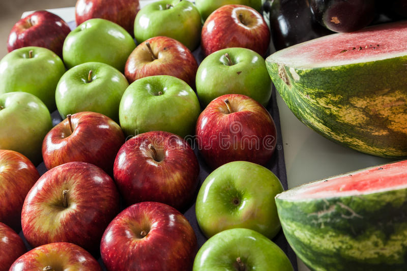 Pommes et pastèque photo libre de droits