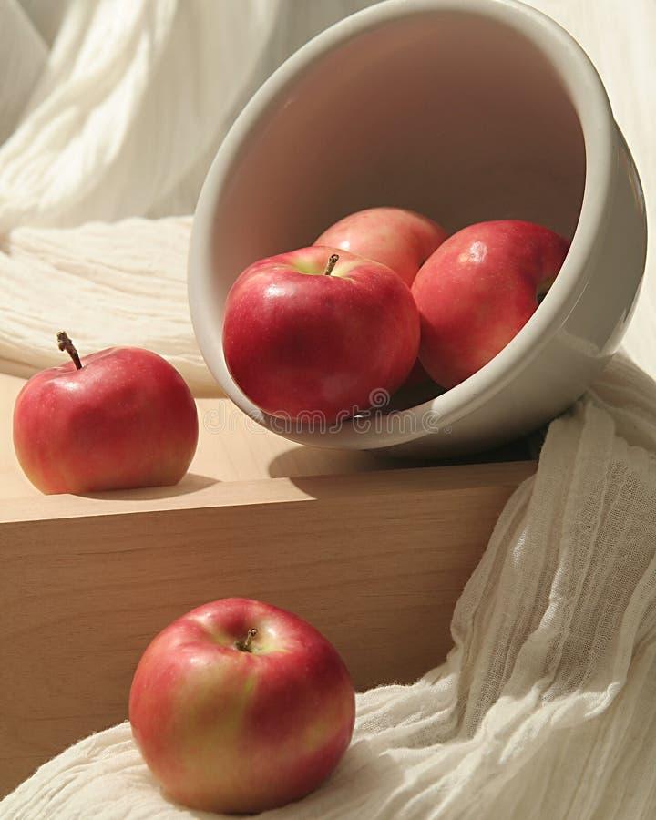 Pommes renversées image libre de droits