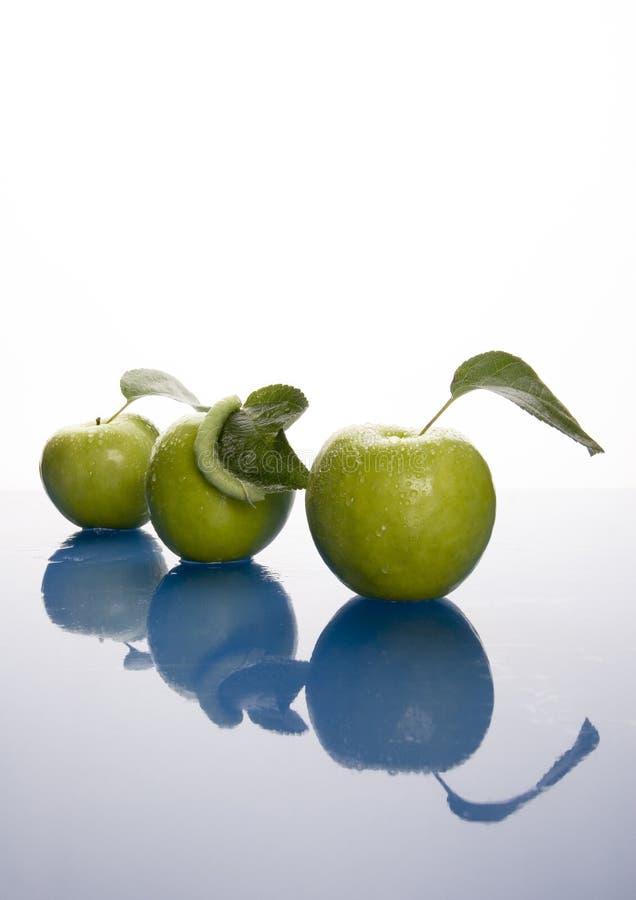 Download Pommes vertes image stock. Image du régime, sain, fruits - 2130117