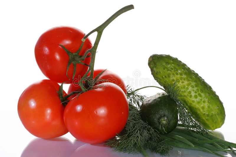 Pomodori, cetrioli e verdi immagine stock libera da diritti