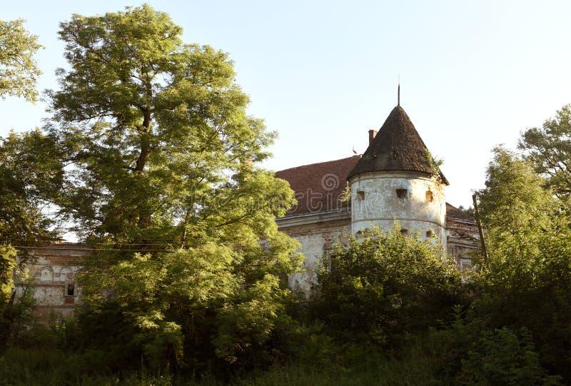Pomoriany-Schloss in Lemberg-Region, West-Ukraine lizenzfreie stockfotografie