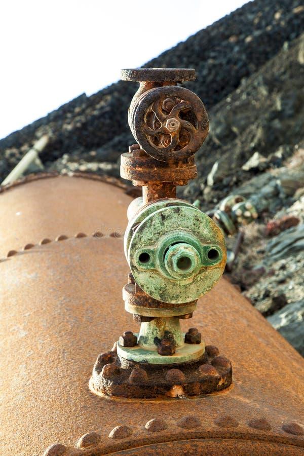 Pompa del vecchio sale e stazione della raffineria fotografie stock libere da diritti