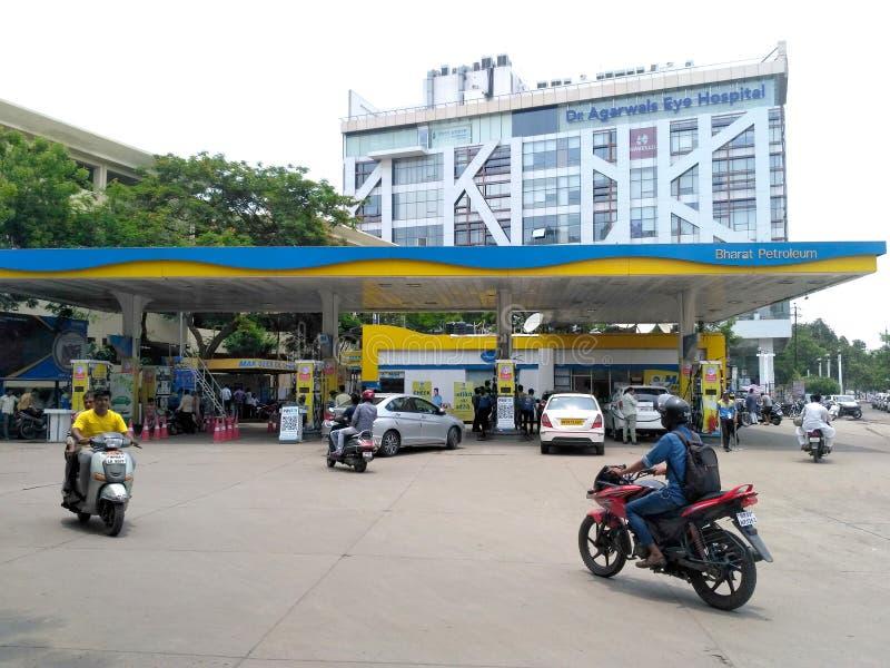 Pompa di benzina in India fotografia stock libera da diritti