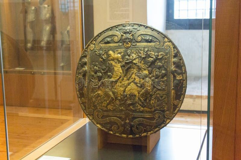 Pompa för Larotellada i Luigi Marzoli Arms Museum, Brescia, Lombardy, Italien royaltyfri bild