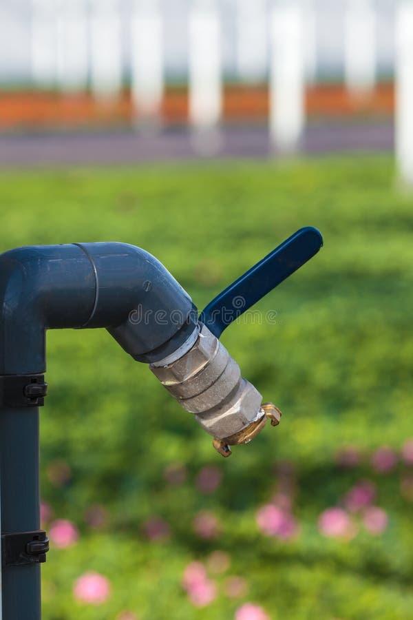 Pompa idraulica in una serra fotografia stock libera da diritti