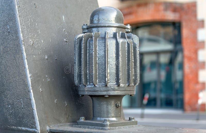 Pompa industriale grigia immagine stock libera da diritti