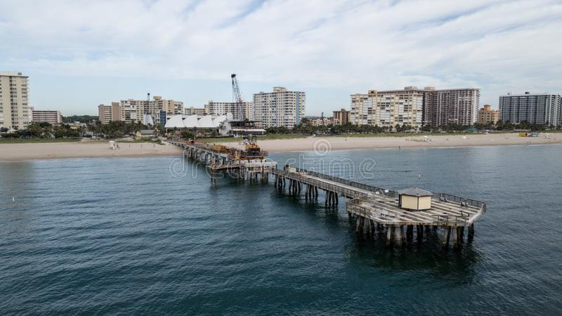 Pompano Floryda mola Plażowa budowa fotografia stock