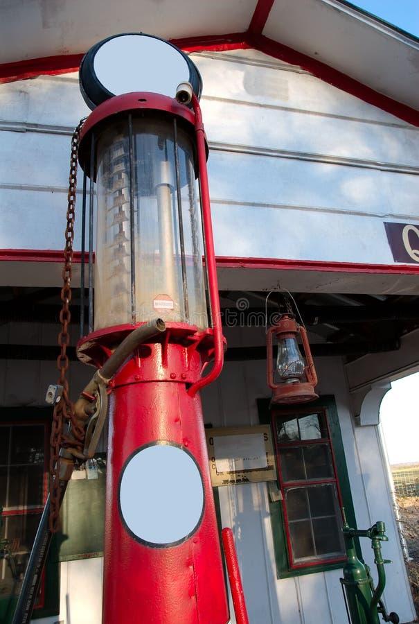 Pompe à gaz antique image stock