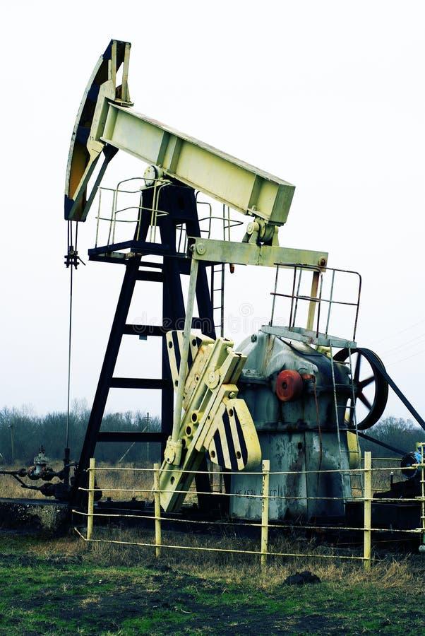 Pompe de pétrole industrielle image libre de droits