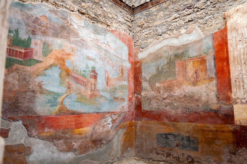 Pompei, de het best bewaarde archeologische plaats in de wereld, Itali? Binnenland van het Huis van de Kleine Fontein, Fresko's o stock fotografie