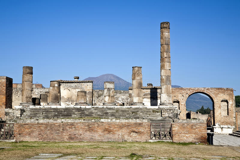 Pompei Ruins. Ruins of Pompei with Mount Vesuvius in the background royalty free stock photos