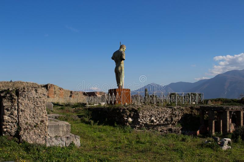 Pompeii est une ville antique enterrée dans l'ANNONCE 79 de l'éruption de photos libres de droits