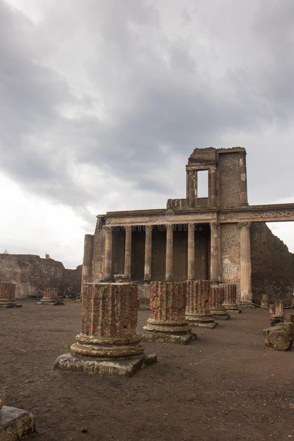 Pompeii, ITALIE - 4 novembre 2018 Ruines antiques à Pompeii, ville romaine près de Naples moderne photographie stock libre de droits