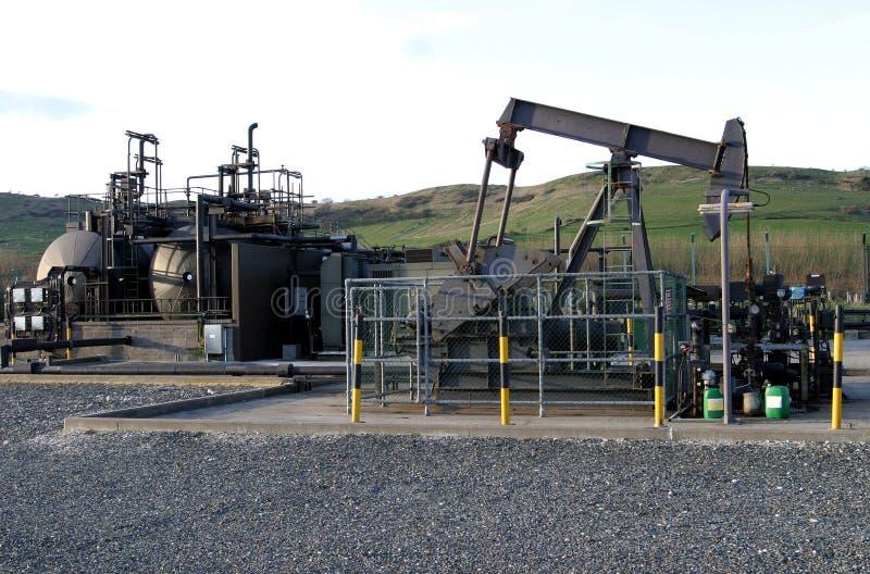 Pompende Olie stock afbeelding