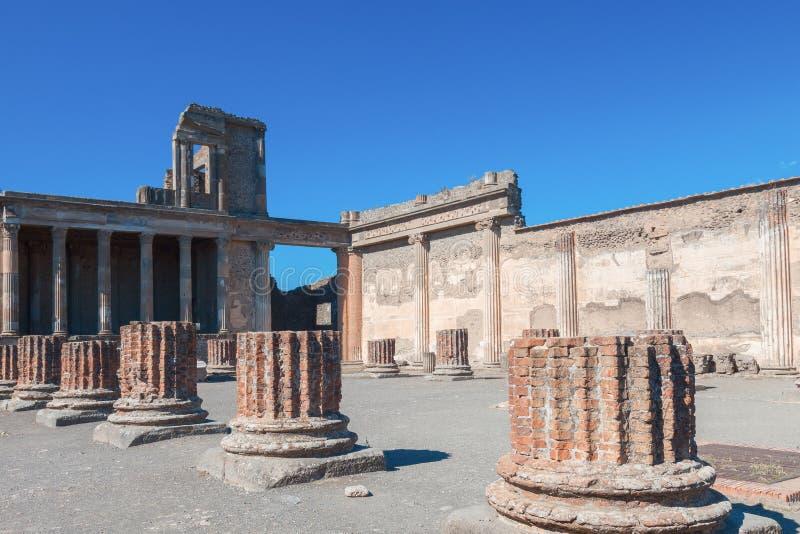 Pompeya en un día soleado fotografía de archivo