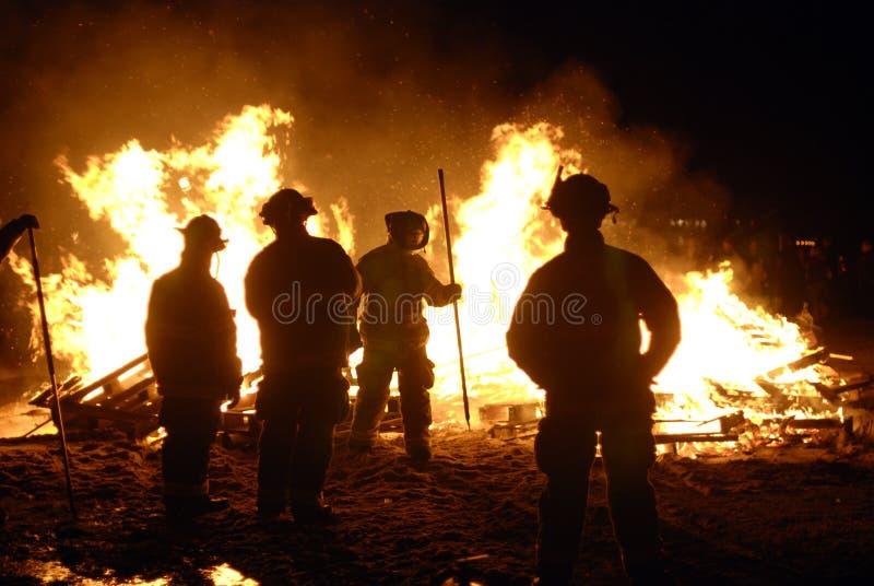 Pompiers photos libres de droits