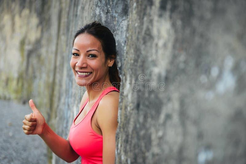 Pomyślna żeńska atleta zdjęcie stock