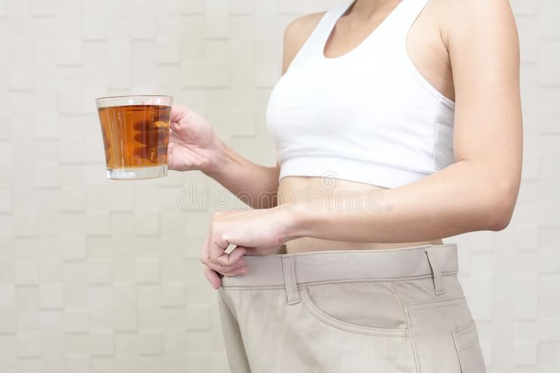 Pomyślna kobieta na diecie zdjęcie stock