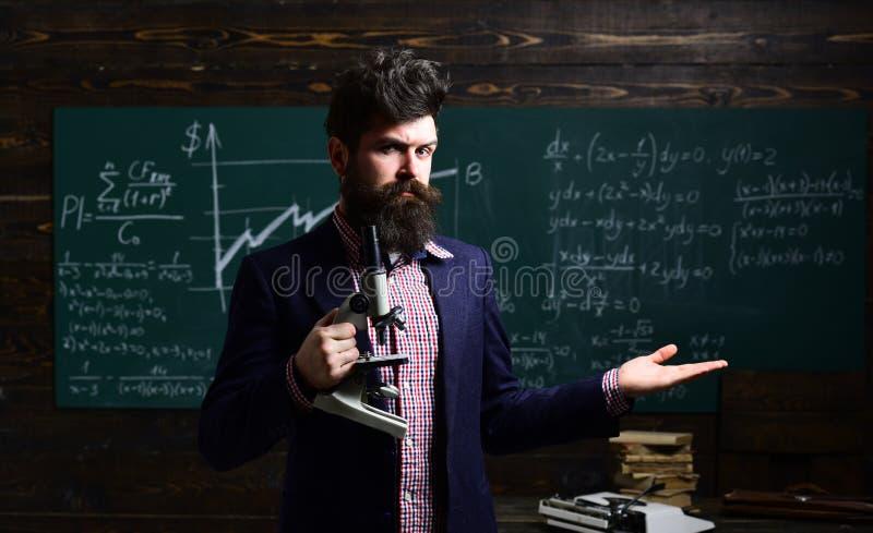 Pomyślni adiunkci zawsze na czasie i przygotowywający personal Rozwija ilości Pomyślny uczeń uczenie utalentowany obraz stock