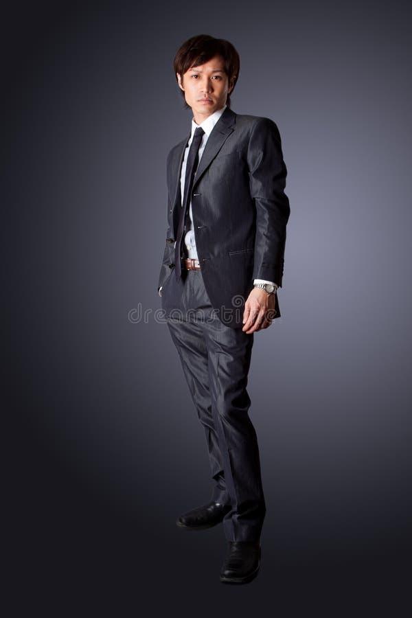 pomyślny azjatykci biznesowy mężczyzna zdjęcie royalty free