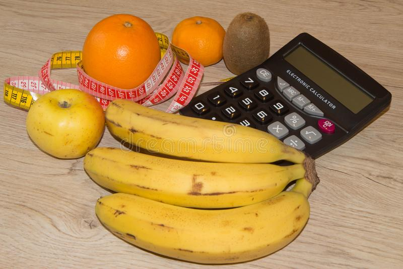 Pomysł zdrowa dieta, żywienioniowy śniadaniowy przegrywanie ciężar z pomocą owocowej diety zdjęcia stock