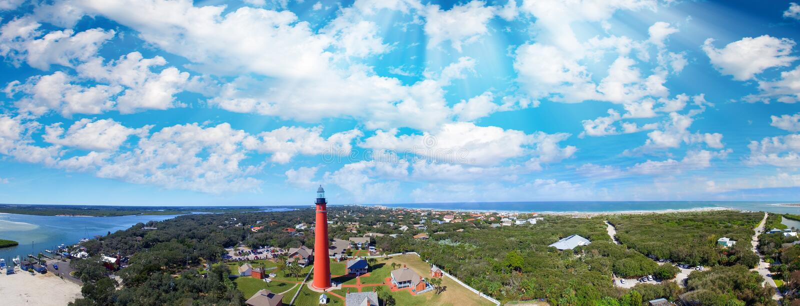 Ponce de Leon Lighthouse κοντά σε Daytona Beach, εναέρια άποψη ηλιοβασιλέματος στοκ εικόνες