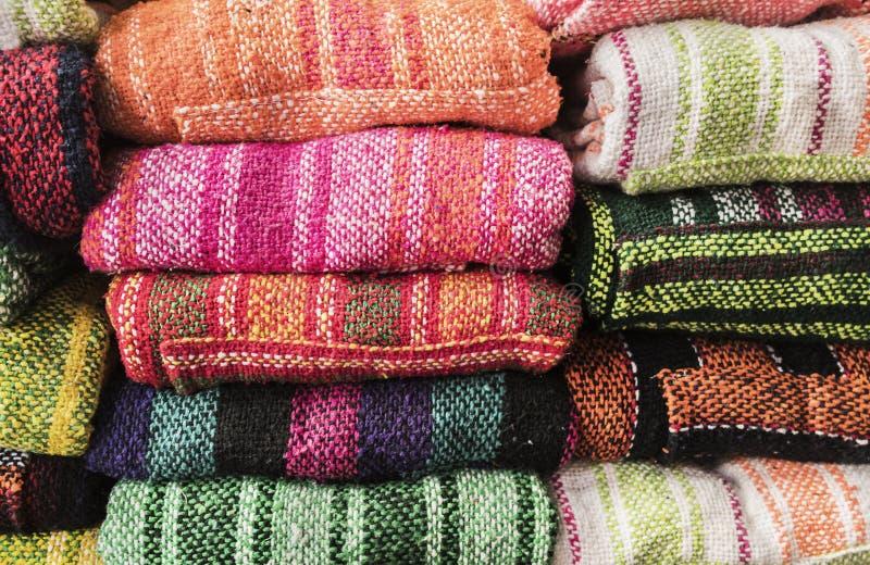 Ponchos mexicanos imágenes de archivo libres de regalías