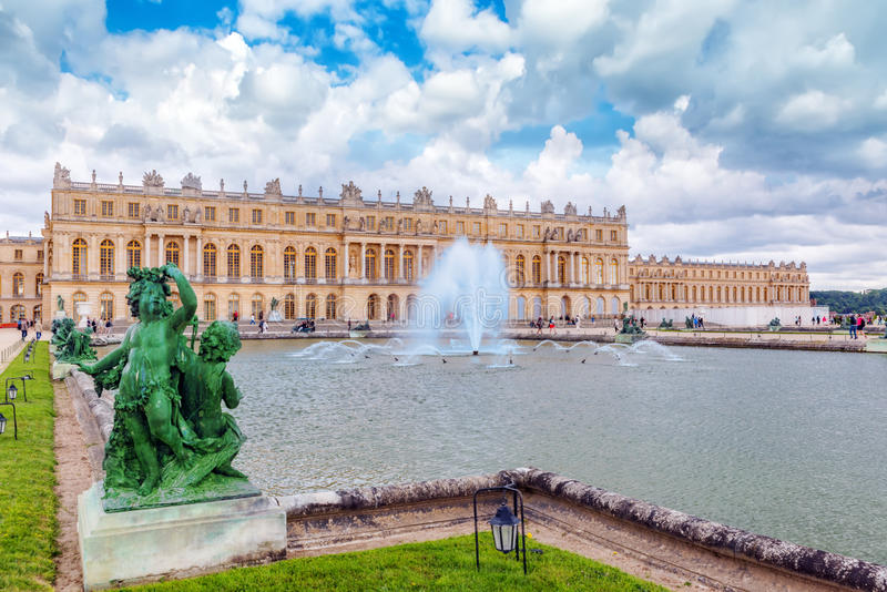 Ponds(Water Parterres), statues in front of the main building of royalty free stock image