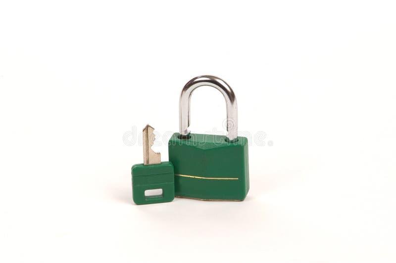 Ponga verde el bloqueo con clave fotos de archivo libres de regalías
