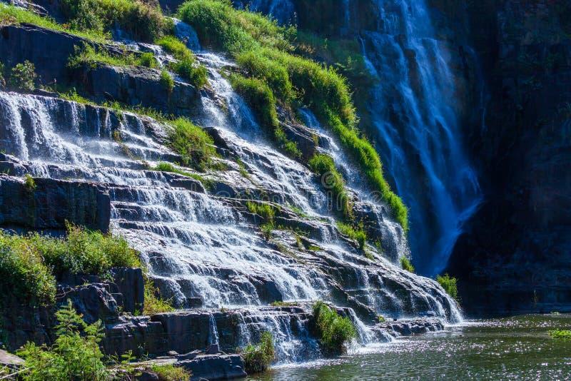 Pongour Wasserfall Vietnam stockfotos