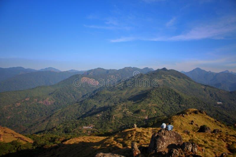 Ponmudi-Hügel stockbilder