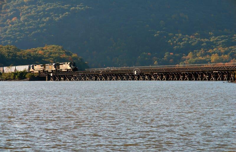ponoszą bridge ny górska dolina Hudson zdjęcia royalty free