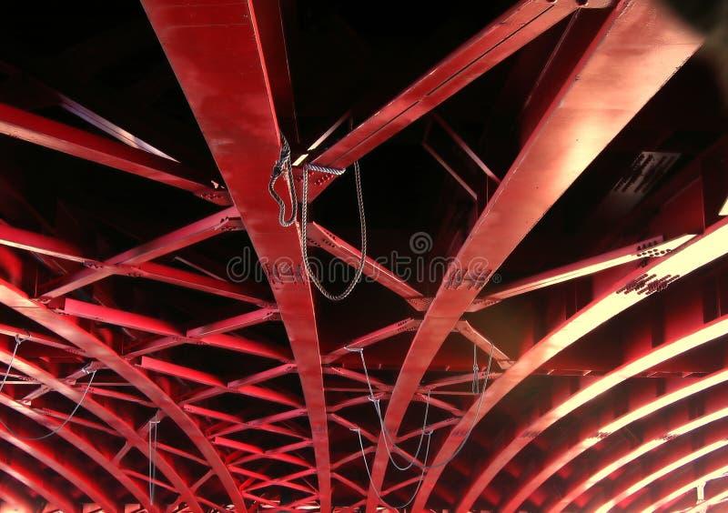 Pont à poutres massif photos stock