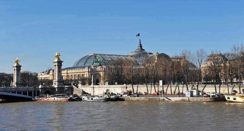 Download Pont Alexander III And The Grand Palais Stock Photo - Image: 13291202