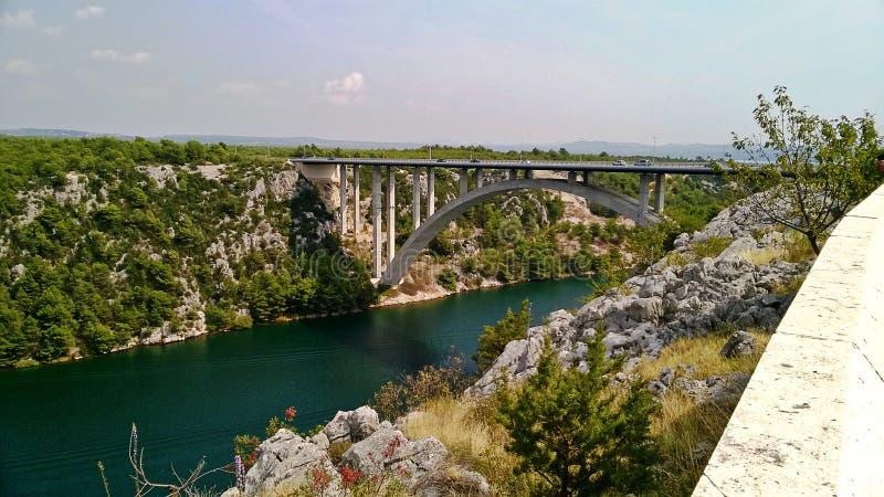 Pont au-dessus de la rivière de shotover, Croatie image libre de droits