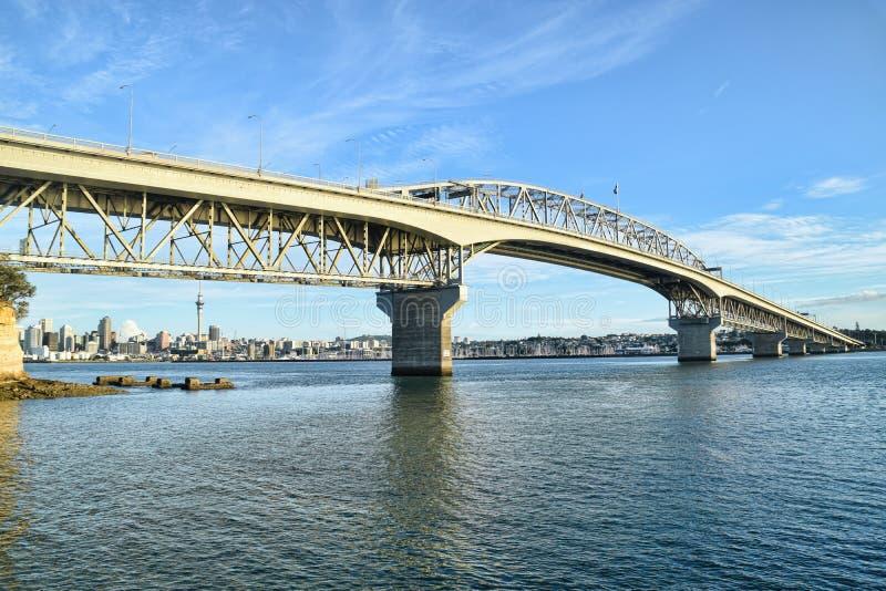 Pont Auckland Nouvelle-Zélande de port photographie stock
