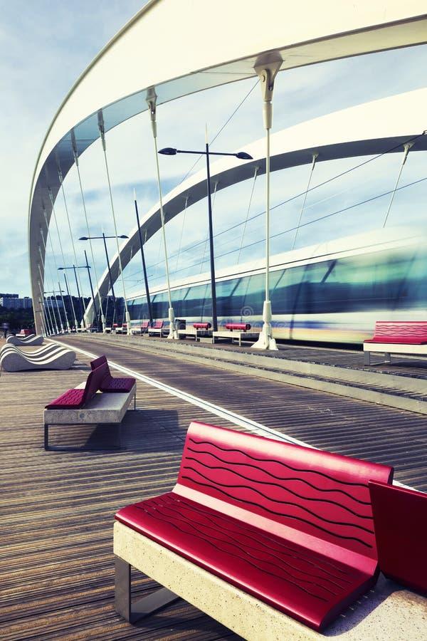 Pont avec la tramway photos libres de droits