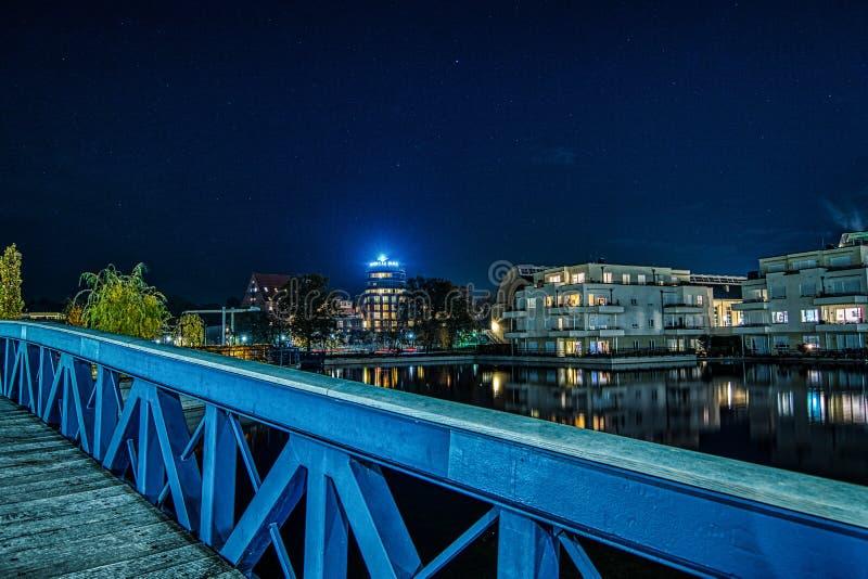 Pont bleu en Berlin Tegel photographie stock libre de droits