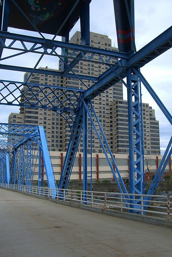 Pont bleu - Grand Rapids, Michigan photo libre de droits