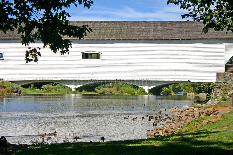 Pont couvert d'Elizabethton image libre de droits