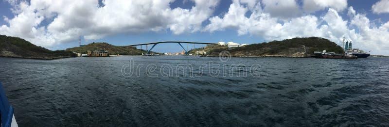 Pont @ Curaçao de la Reine Juliana photographie stock libre de droits