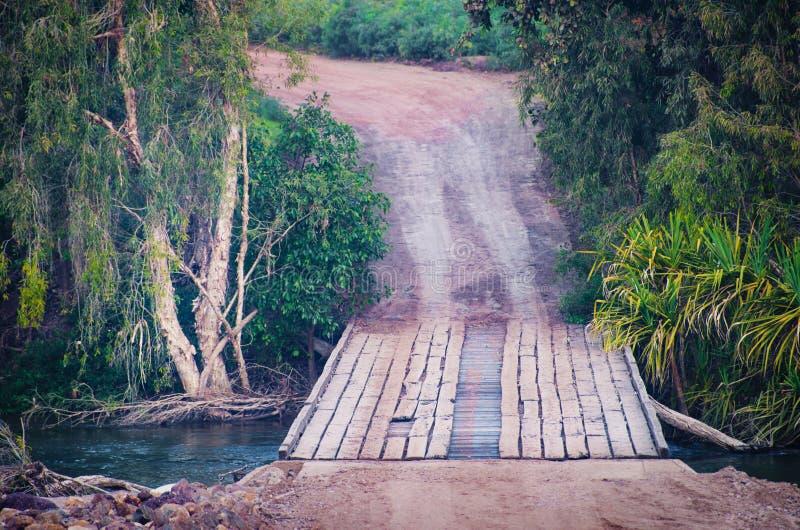 Pont délabré photographie stock libre de droits