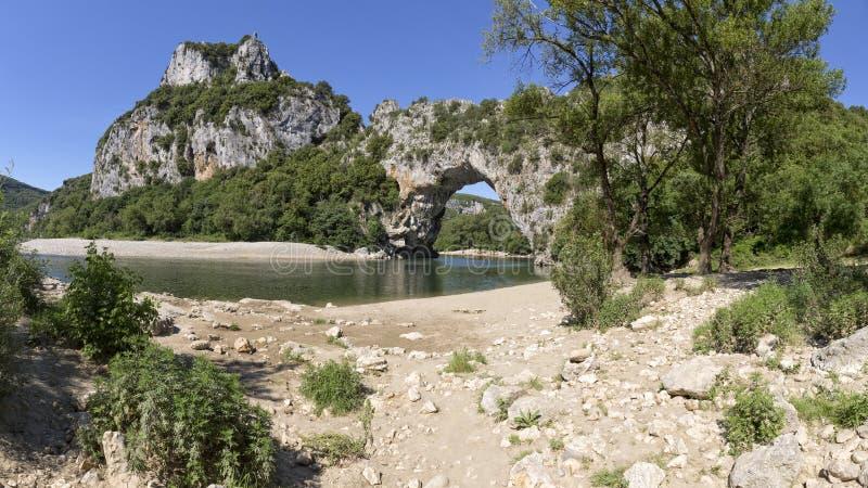 Pont d `弧在南法国,欧洲 免版税库存照片