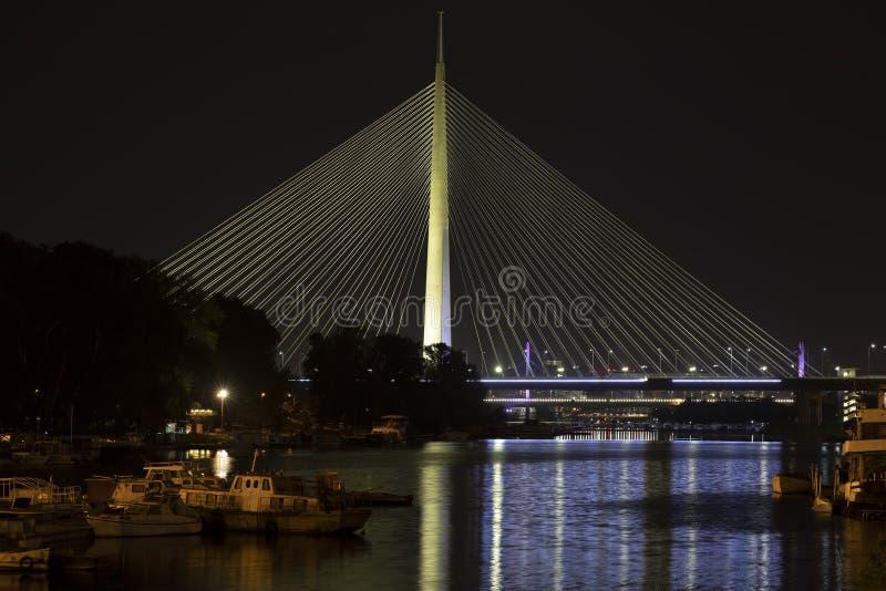 Pont d'ADA de Belgrade Serbie la plupart de Na l'ADI photo stock