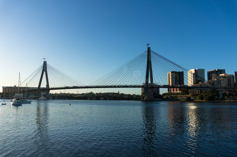Pont d'ANZAC et paysage urbain de Sydney CBD photo libre de droits