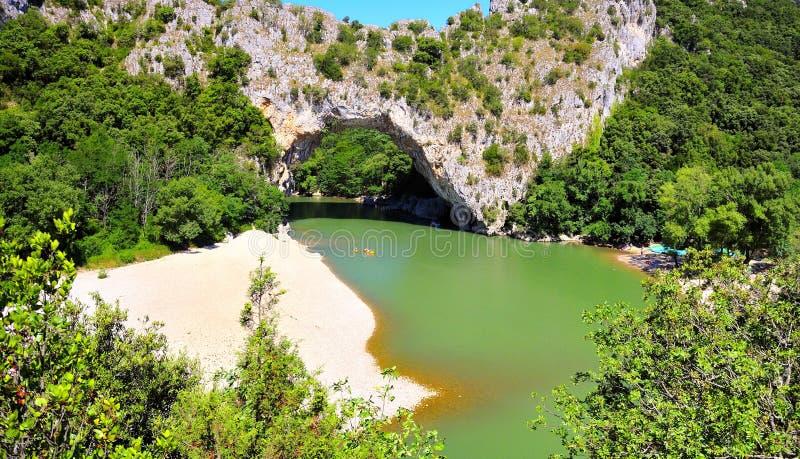 Pont d, arco Ardeche, Francia meridional de Vallon imagen de archivo