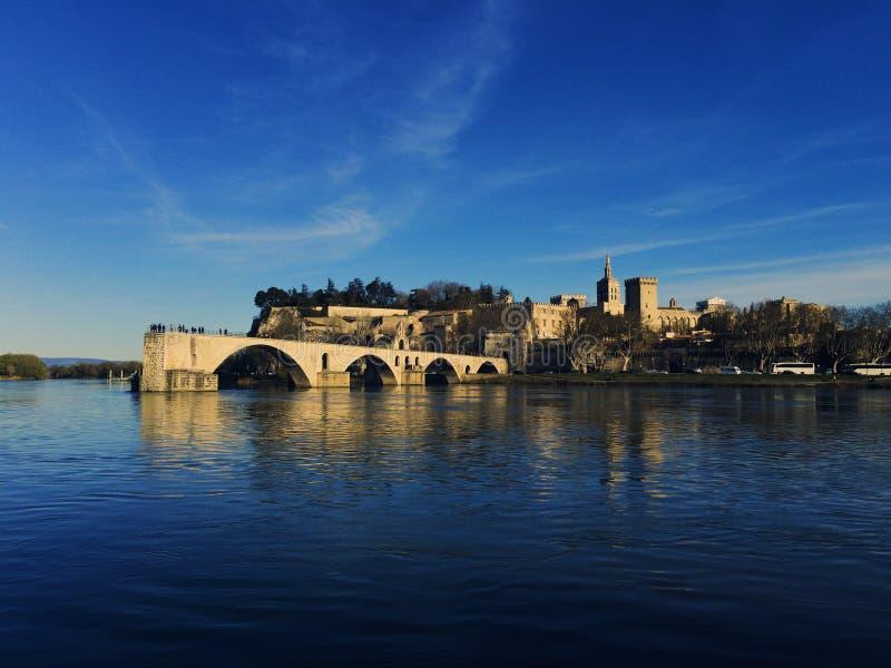 Pont d'Avignon et palais du Pape image libre de droits